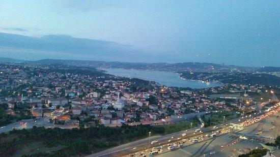 ميريديان إسطنبول إتيلر: 20160526_204349_large.jpg