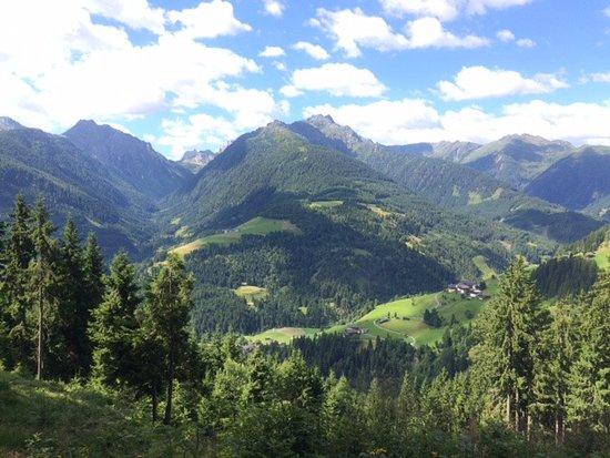 Oberdrauburg, Австрия: Vista al inicio de uno de los circuitos de trekking
