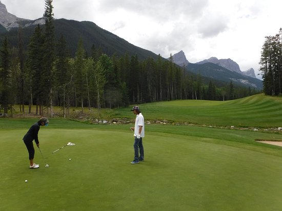 Stewart Creek Golf & Country Club: predictable greens