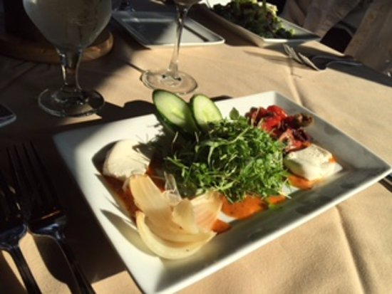 Dobson, Северная Каролина: Micro-basil salad was wonderful!