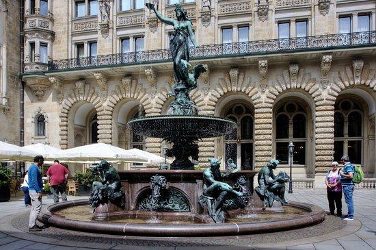 Brunnen Hamburg.Brunnen Gesamt Picture Of Hygieia Brunnen Hamburg