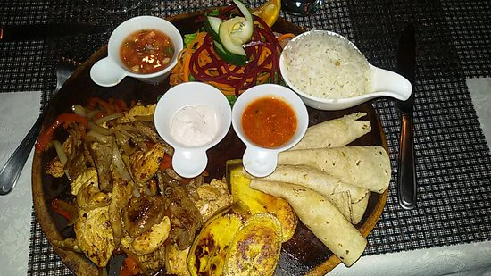 Restaurante Mar y Tierra: 20160705_202159_large.jpg