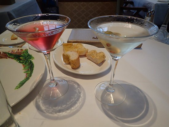 Commander's Palace: 25c lunch-time martinis!