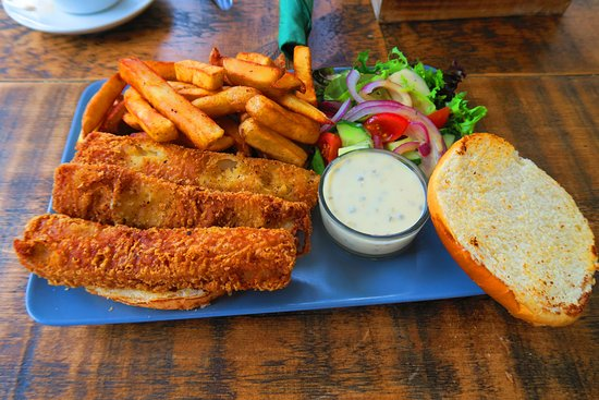 Conwy Falls Cafe: Best fish finger butty ever