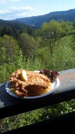 Schiltach, Германия: schöne Umgebung gutes Essen, freundlicher Service ;-)
