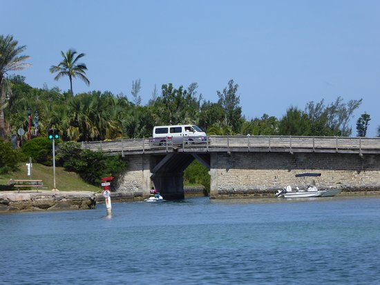 Sandys Parish, Islas Bermudas: World's smallest drawbridge