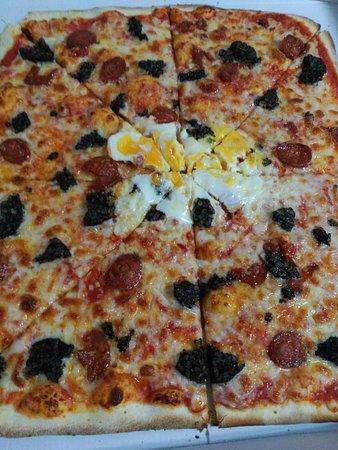 Fuentes de Ebro, Spanyol: La pizza para buenos paladares