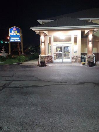 Coralville, IA: Lobby Entrance