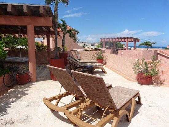 Luna Encantada Vacation Condos: G3 Roof terrace