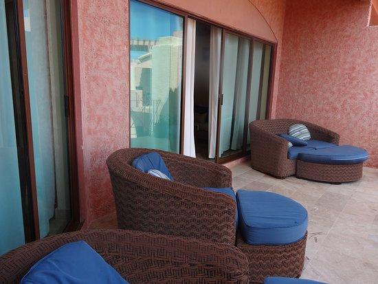 Luna Encantada Vacation Condos: G3 patio