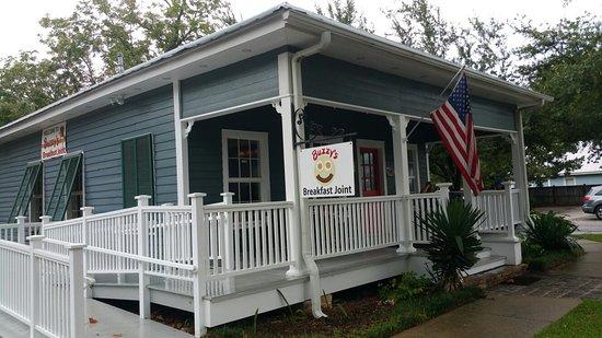 Ocean Springs, MS: Buzzy's Breakfast Joint