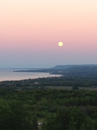 Meaford, Canadá: View at dusk