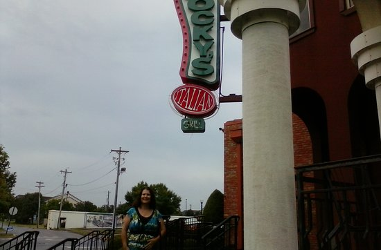 Jeffersonville, IN: Rocky's