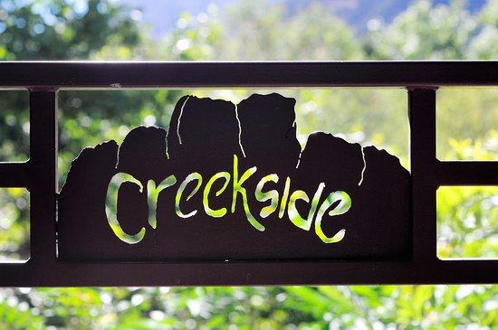 Coquitlam, Kanada: Sedona Creekside Logo