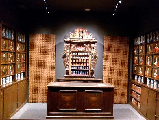 Museo-Vieja Farmacia