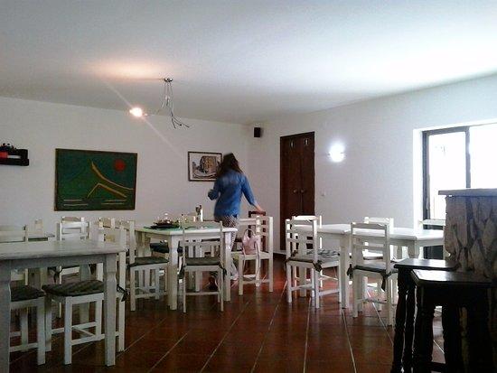 Atouguia da Baleia, Portugal: Sala para refeições