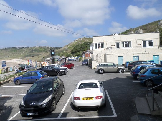 Sennen Cove, UK: Old Success Inn Car Park