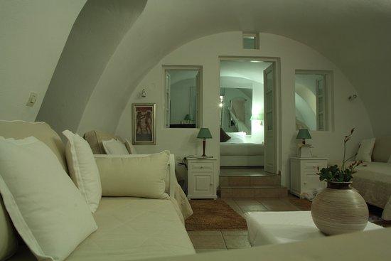 Dana Villas: Our upgarded suite