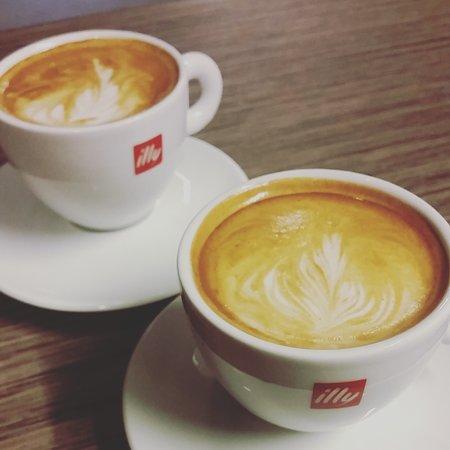 Sandnes, Νορβηγία: Coffees