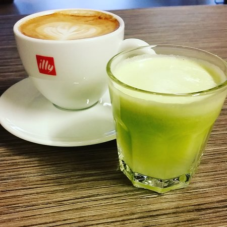 Sandnes, Νορβηγία: Coffee and ginger shot