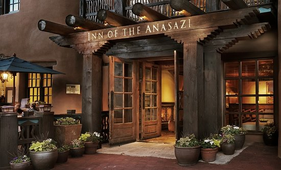 Rosewood Inn of the Anasazi: Exterior