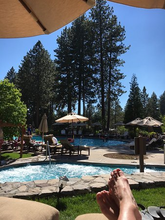 Hyatt Regency Lake Tahoe Resort, Spa and Casino: At the pool