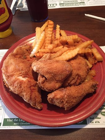 Akron, OH: Great chicken !!