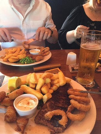 Gillingham, UK: Surf and turf with a refreshing pint of cider