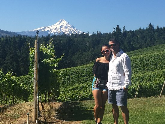 Hood River, OR: Beautiful views and private tour of Phelps Creek Vineyards