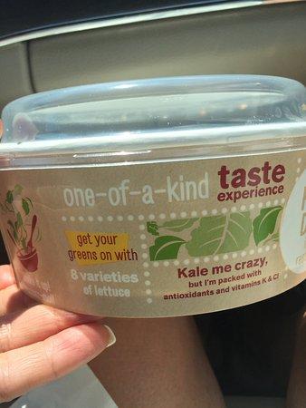 Brantford, Canadá: Kale Me Crazy Salad