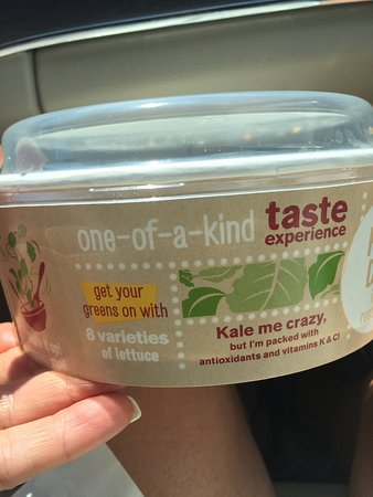 Brantford, Canada : Kale Me Crazy Salad