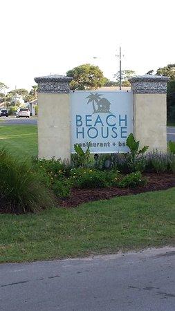Beach House Bar + Grille