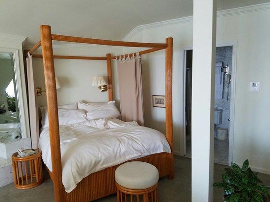 Lighthouse Club Hotel an Inn at Fager's Island: 20160725_155629_large.jpg