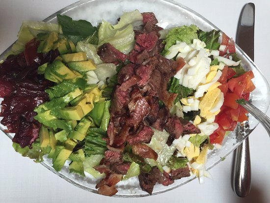 Los Gatos, CA: Steak Cobb Salad