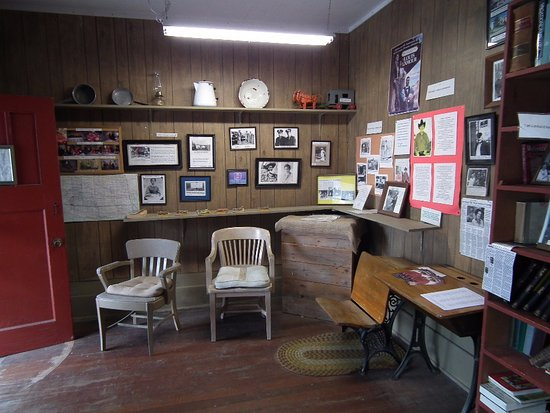 Jamestown, Dakota del Norte: Louis L'Amour's writers shack