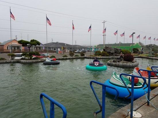 Ocean Shores, WA: Bumber Boats