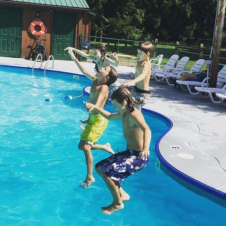 Sigel, Pensilvania: Pool