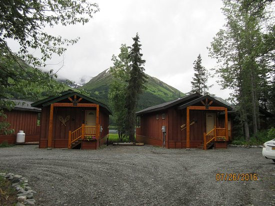 Moose Pass, AK: cabins by the lake