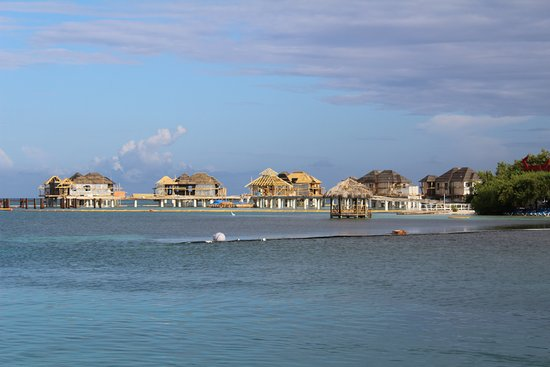 dcf6a6a28fb5 Sandals Royal Caribbean Resort and Private Island  Building the over water  bungalows