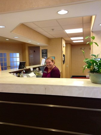 Southington, CT: Receptionist Anya !!!! Very cordial & professional !!! Great asset to Marriott chain of properti