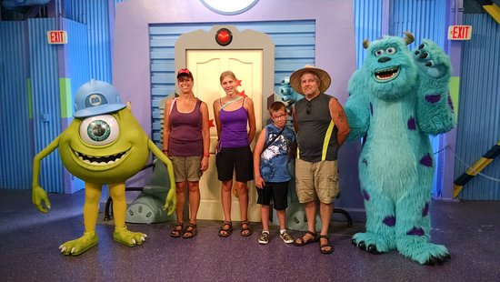 Disney's Hollywood Studios: Mike and Sulley - fun meet!