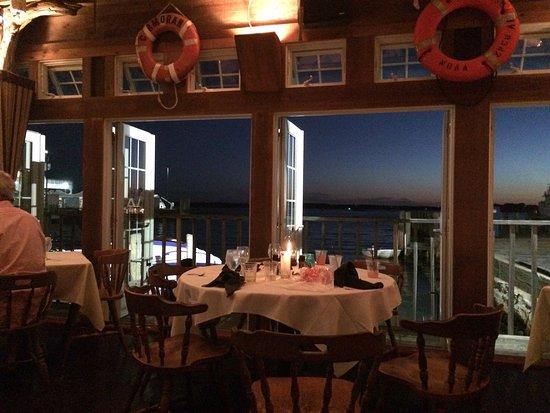 Landfall Restaurant : photo0.jpg