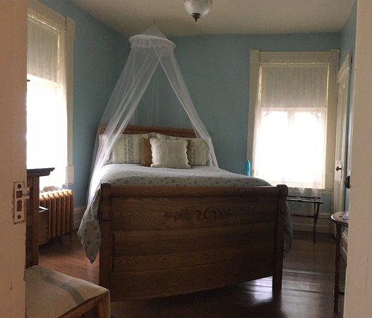 Charette, Canada: Tranquila y cómoda habitación