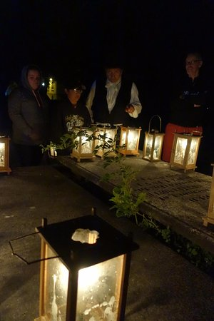 Annapolis Royal Candlelight Graveyard Tour: A gathering for tales