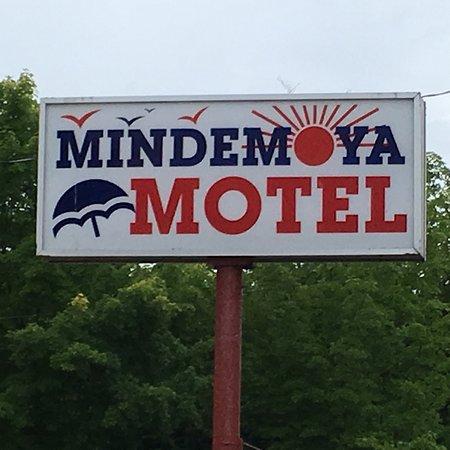 Mindemoya motel canada voir les tarifs et avis h tel for Motel bas prix