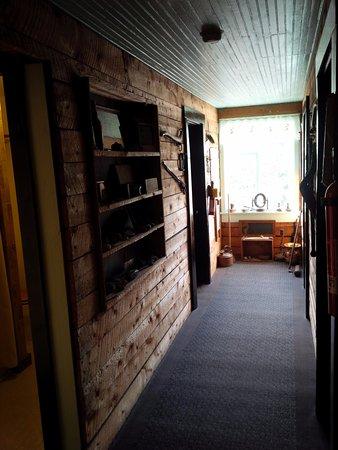 McCarthy, AK: Hallway on the second floor