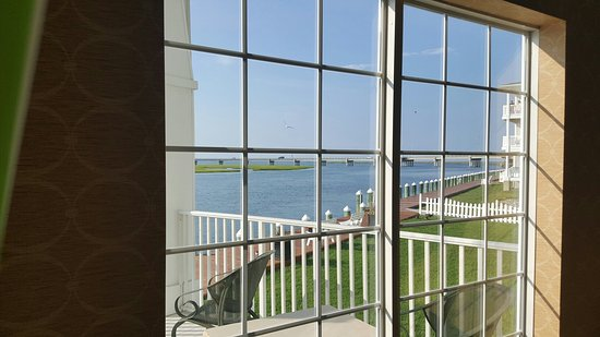 Hampton Inn and Suites Chincoteague-Waterfront: 20160726_174429_large.jpg