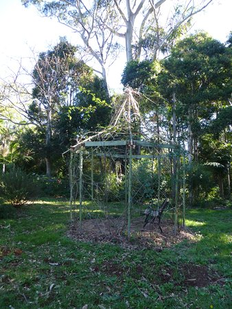 North Tamborine, Australia: garden arbour