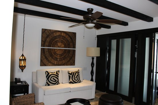 Cabo Azul Resort: Sitting room in the studio villa