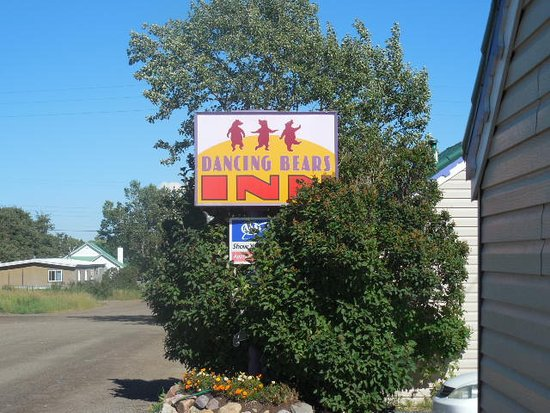 Street sign for Dancing Bears Inn